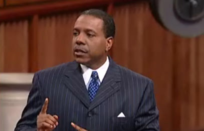 Web Watch: He Had A Wreck? Creflo Dollar Shows Support For Bishop Long, Never Mentions Victims