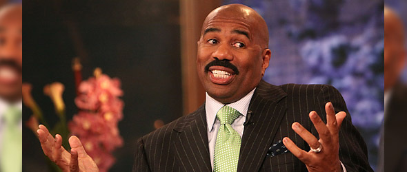 "Steve Harvey Defends President Obama, Calls Smiley And West ""Uncle Toms"""